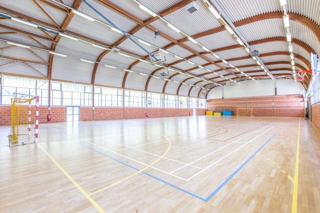 Gymnase parquet Centre sportif Espace 1000 Sources