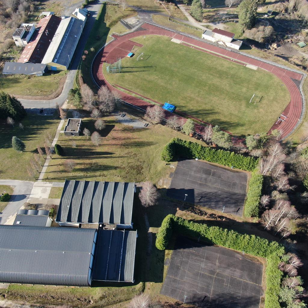 Vue aérienne Centre sportif Espace 1000 Sources